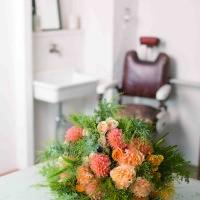 部屋に飾る花束をつくってみませんか  本格的な大きな花束の画像