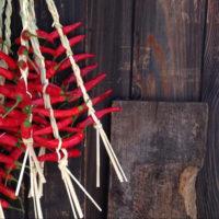 唐辛子(トウガラシ)の育て方|種まきや苗植えの時期は?プランター栽培もできる?の画像