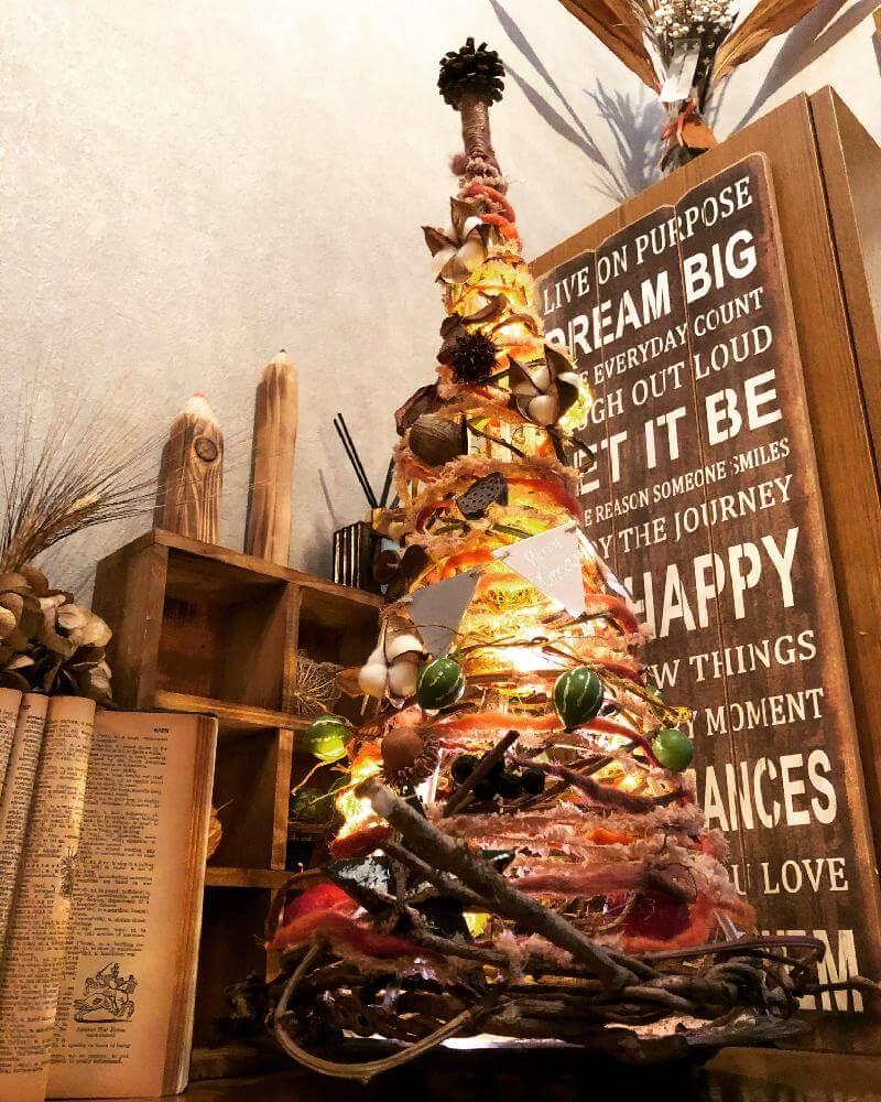 sacchanさんの玄関,クリスマスツリー,木の実の投稿画像