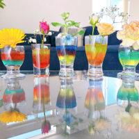 カラーエコゼリーで、いつものシンプルなガラス花器がパッと華やかに?の画像