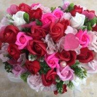 世界で一番花を贈る日?世界のフラワーバレンタイン事情の画像
