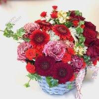 「幸せ」な意味の花言葉をもつ花10選|結婚祝いやギフトにおすすめなのは?の画像