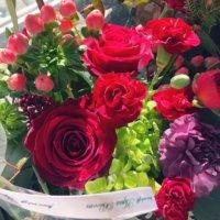 結婚祝いに贈りたい花の花言葉|定番やお祝いの意味があるおすすめの花10選の画像