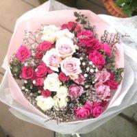 プロポーズに贈りたい花言葉を持つ花束は?色や本数別の意味は?の画像