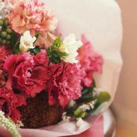 トルコキキョウの花言葉|白、紫、ピンクなど色別の意味は?ブーケにもおすすめ?の画像